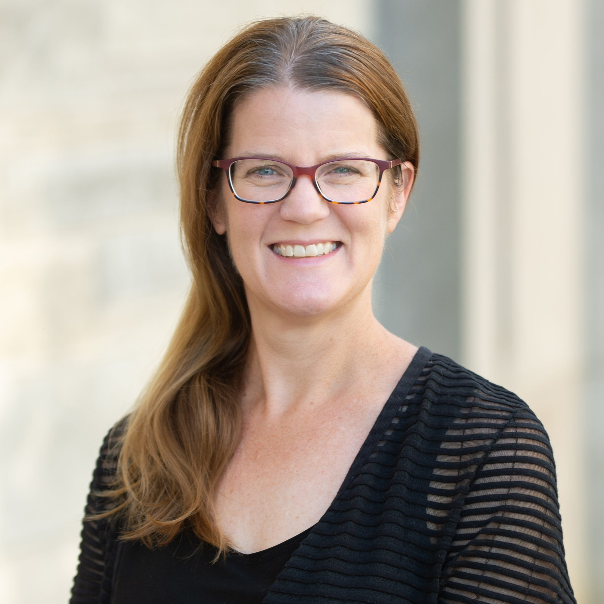 Jennifer J Lentz